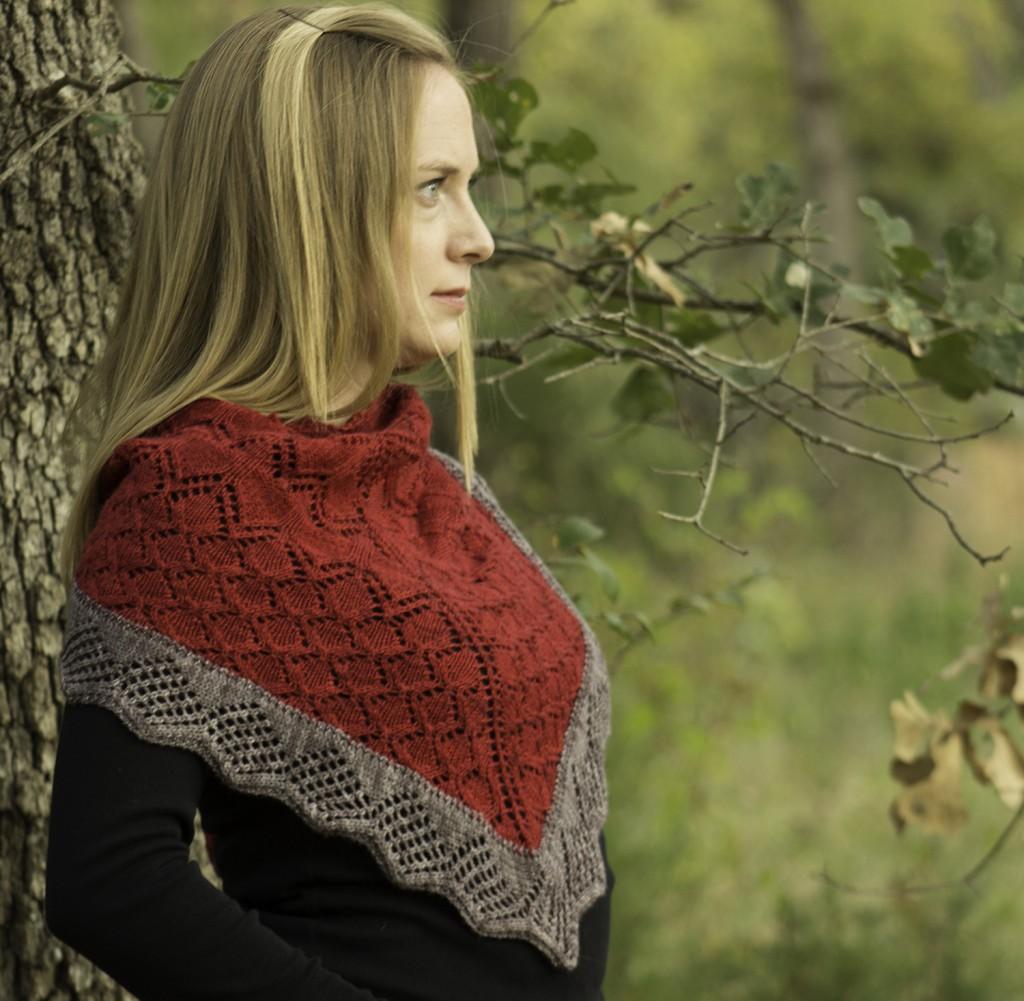 Karen's Blanchefleur Shawl (www.ravelry.com/patterns/library/blanchefleur-shawl)