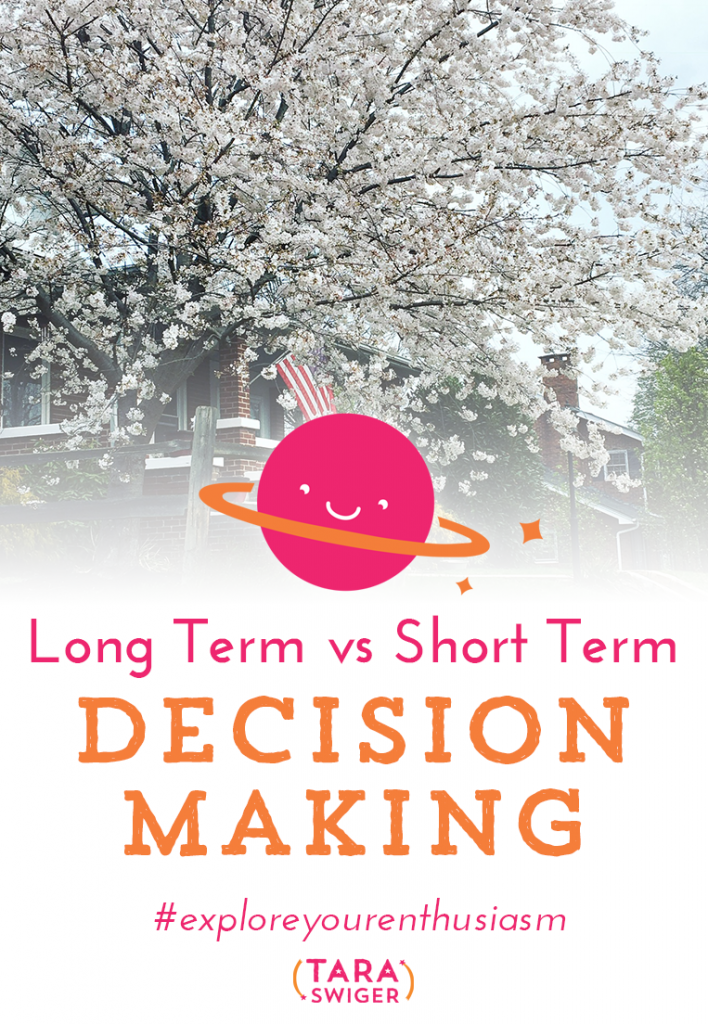 Are you focused on the long term or short term? Are you making decisions based on this week or next year? Do you have patience or are you going to quit if it doesn't all turn out like you want in three months? This is another tough-love episode where we make your biz a little more sustainable by looking at the big questions. Listen in at TaraSwiger.com/podcast154/